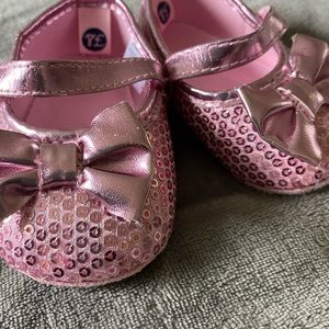 Baby Girl pink sparkle shoes 6-9 months